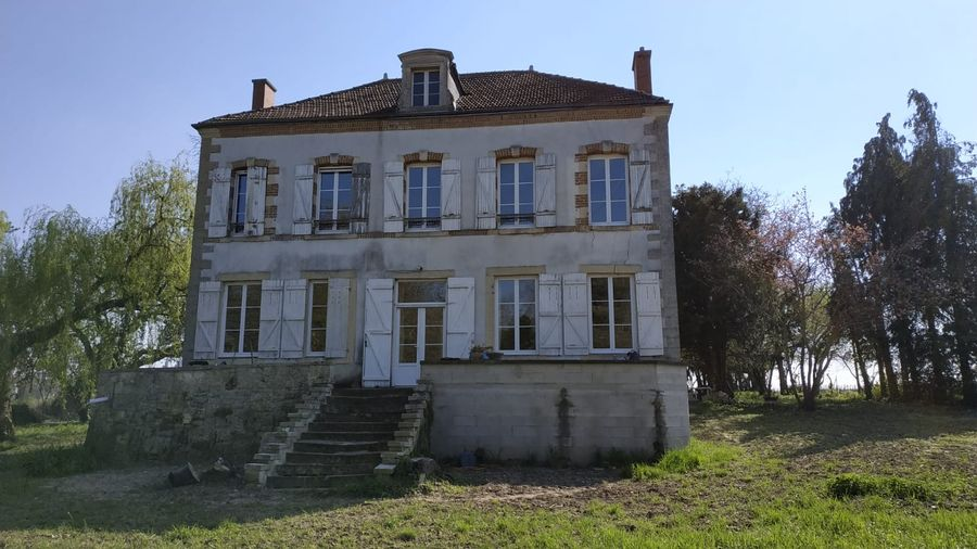 Ravalement-façade-rénovation-extérieure-rénovation-intérieure-Bétheny