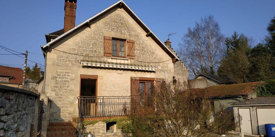 Rénovation d'une façade de maison à Tinqueux