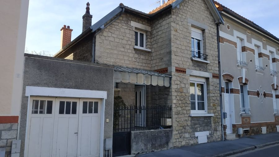 Surélévation et extension d'une maison de ville à Chalons en Champagne
